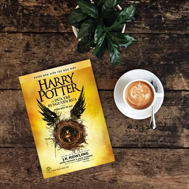 """sach harry potter va dua tre bi nguyen rua 7 cuốn sách """"sống mãi với thời gian"""""""