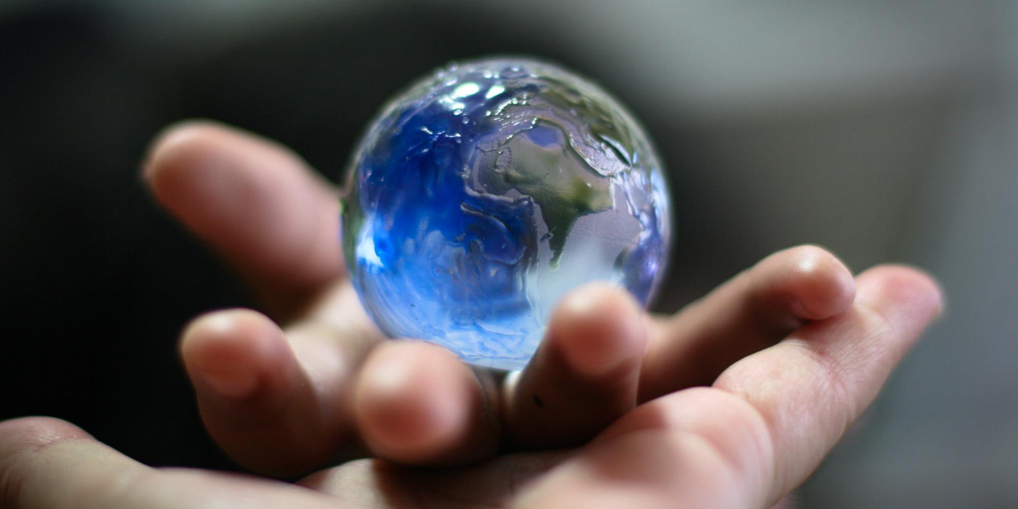 Chọn Ta Hay Chọn Thế Giới?