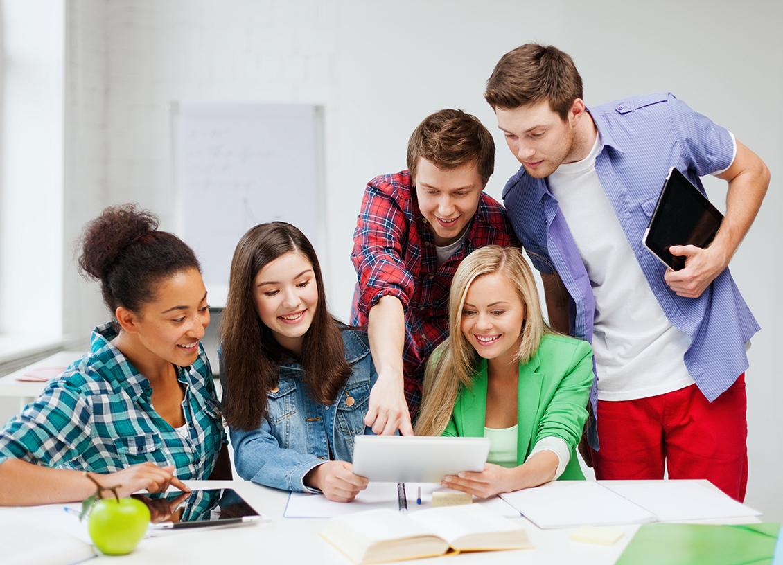 Học Nhóm Cũng Là Một Cách Học Hiệu Quả Bạn Nên Thử! - YBOX