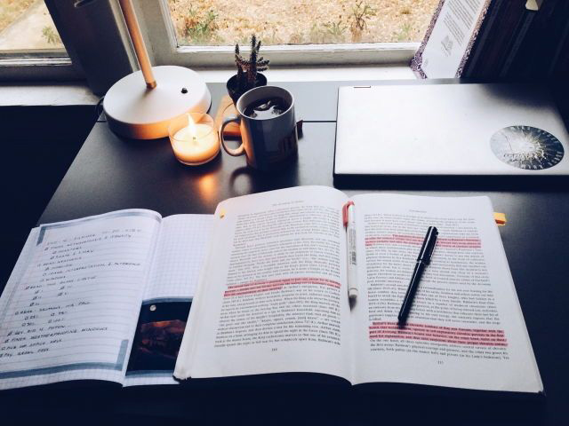 Bí Kíp Và Tài Liệu Học Tiếng Anh Thành Tài Trong 1 Năm