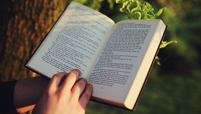Kết quả hình ảnh cho Hãy mạnh dạn ngừng việc cố đọc 1 cuốn sách có nội dung nhàm chán