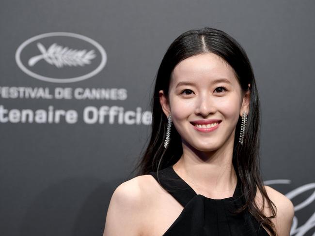 Chân Dung Cô Gái 24 Tuổi Từ Hot Girl Mạng Xã Hội Đến Nữ Tỷ Phú Trẻ Nhất Trung Quốc