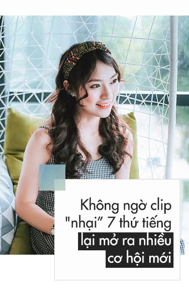 'Hot girl noi 7 thu tieng': Xinh va gioi gio se khong F.A hinh anh 3