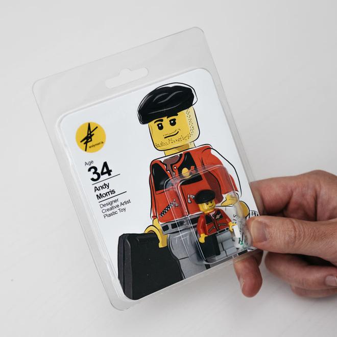 Andy Morris - 34 tuổiNhà thiết kế - Nghệ sĩ sáng tạo - Đồ chơi nhựa