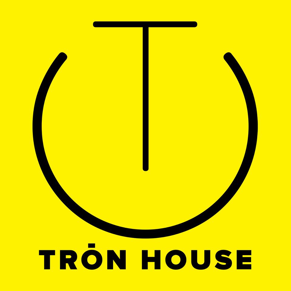 Tròn House
